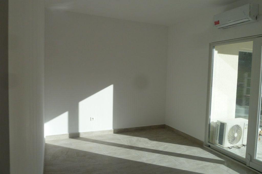Maison à vendre 4 138m2 à Seigy vignette-3