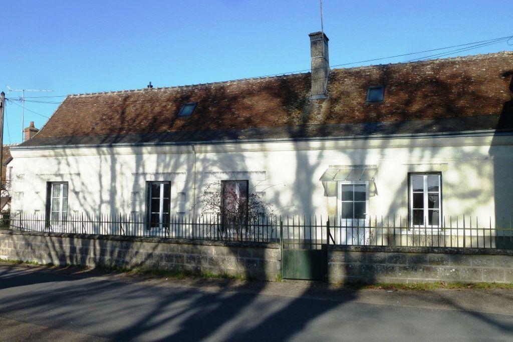 Maison à vendre 5 130m2 à Noyers-sur-Cher vignette-1