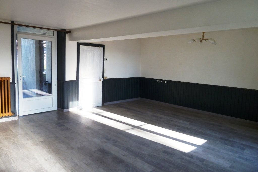 Maison à vendre 5 130m2 à Noyers-sur-Cher vignette-2