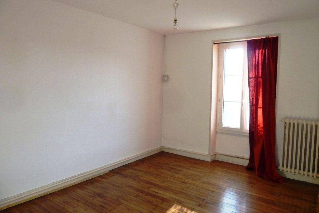 Maison à vendre 5 130m2 à Noyers-sur-Cher vignette-4