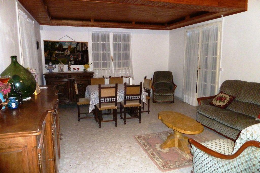 Maison à vendre 4 106m2 à Noyers-sur-Cher vignette-2