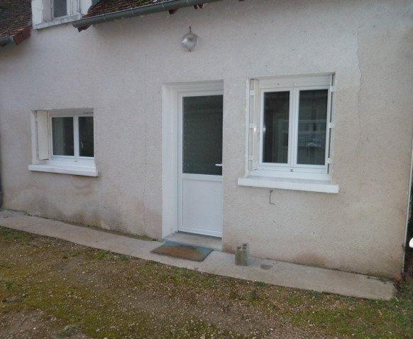 Appartement à louer 2 30m2 à Saint-Aignan vignette-1