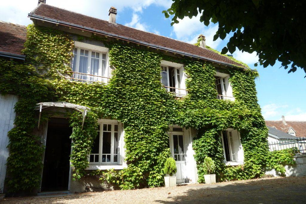Maison à vendre 4 110m2 à Noyers-sur-Cher vignette-1