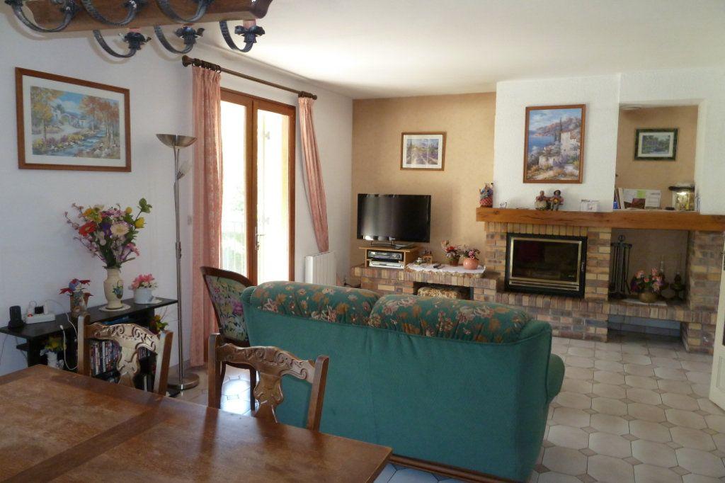 Maison à vendre 4 100m2 à Noyers-sur-Cher vignette-3