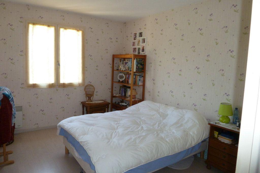 Maison à vendre 4 100m2 à Noyers-sur-Cher vignette-4