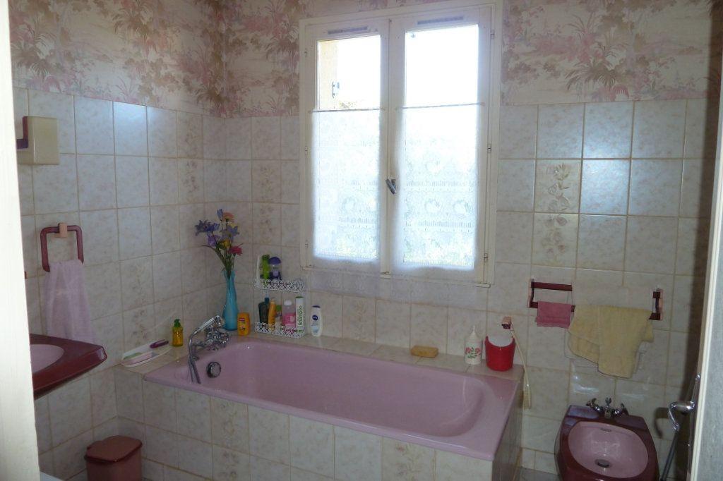 Maison à vendre 4 100m2 à Noyers-sur-Cher vignette-5