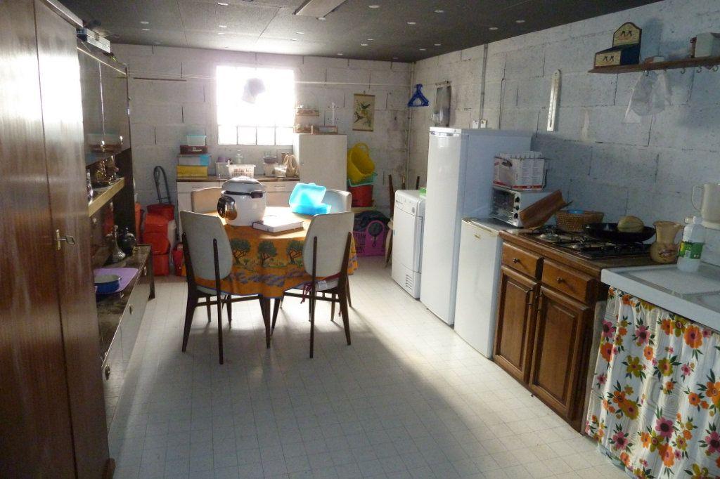 Maison à vendre 4 100m2 à Noyers-sur-Cher vignette-6