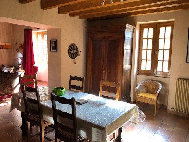 Maison à vendre 4 130m2 à Saint-Romain-sur-Cher vignette-3