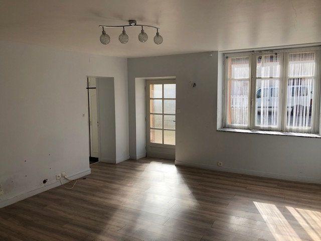 Maison à vendre 2 60m2 à Selles-sur-Cher vignette-3