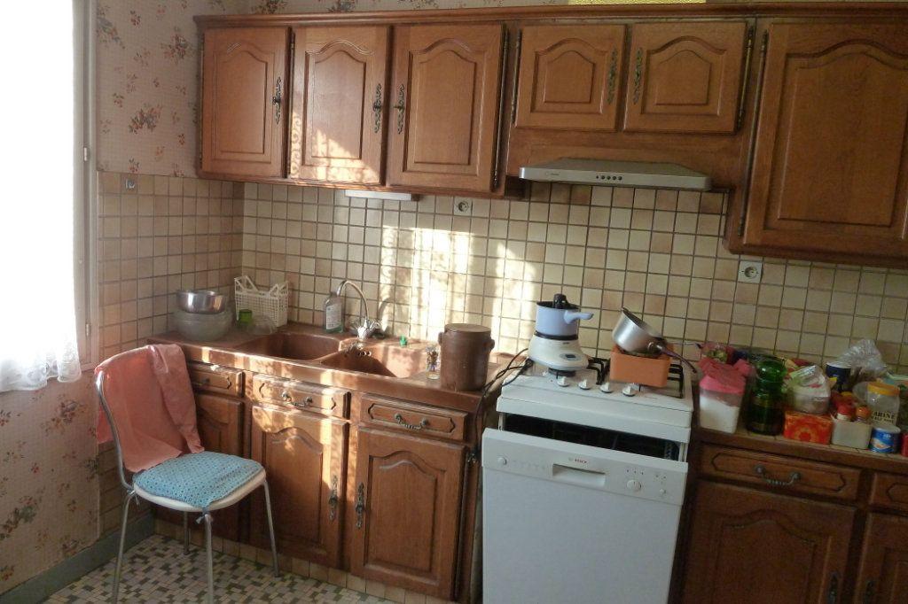 Maison à vendre 3 90m2 à Pouillé vignette-2