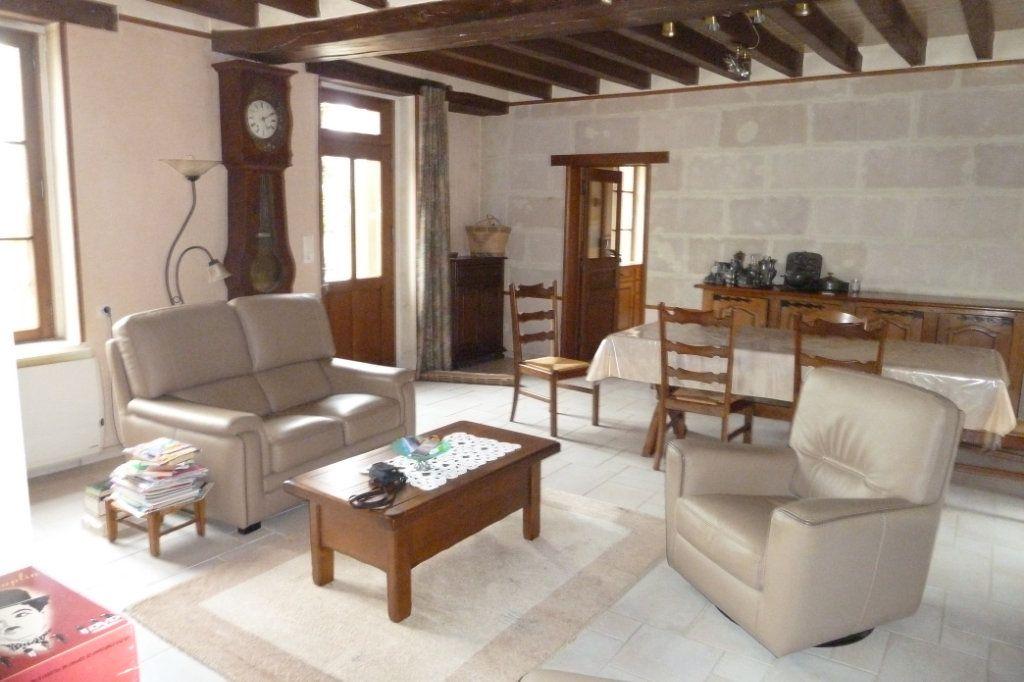 Maison à vendre 6 170m2 à Saint-Romain-sur-Cher vignette-3