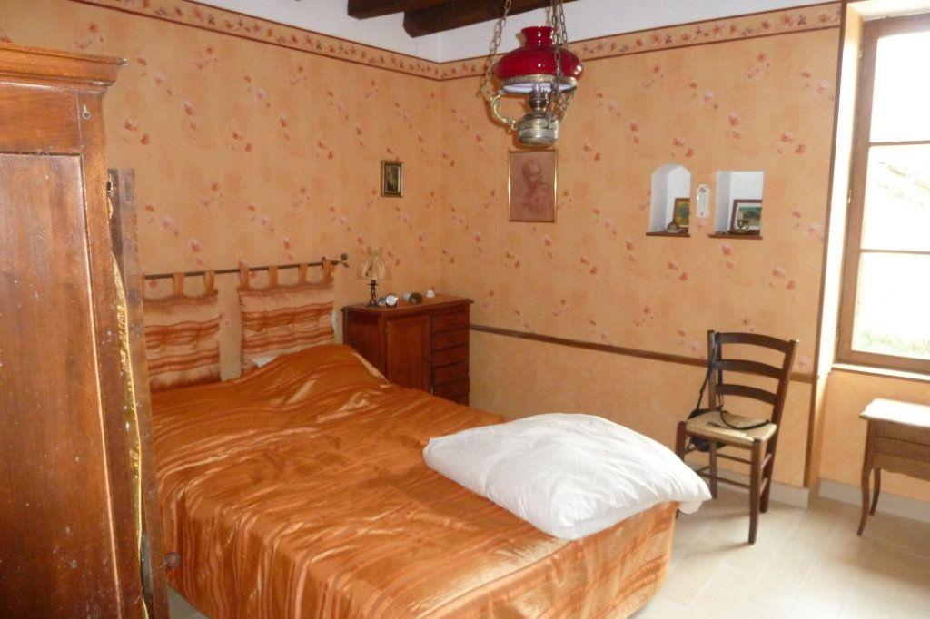 Maison à vendre 6 170m2 à Saint-Romain-sur-Cher vignette-4
