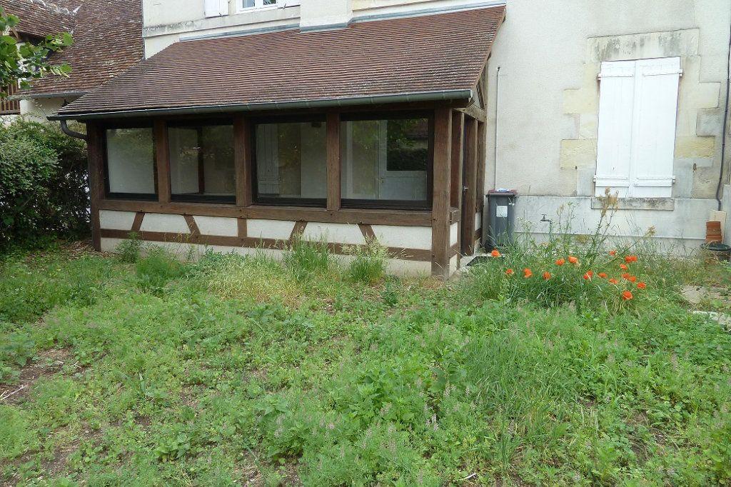 Maison à louer 2 40m2 à Noyers-sur-Cher vignette-1