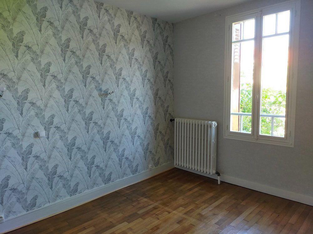 Maison à louer 4 80m2 à Noyers-sur-Cher vignette-5