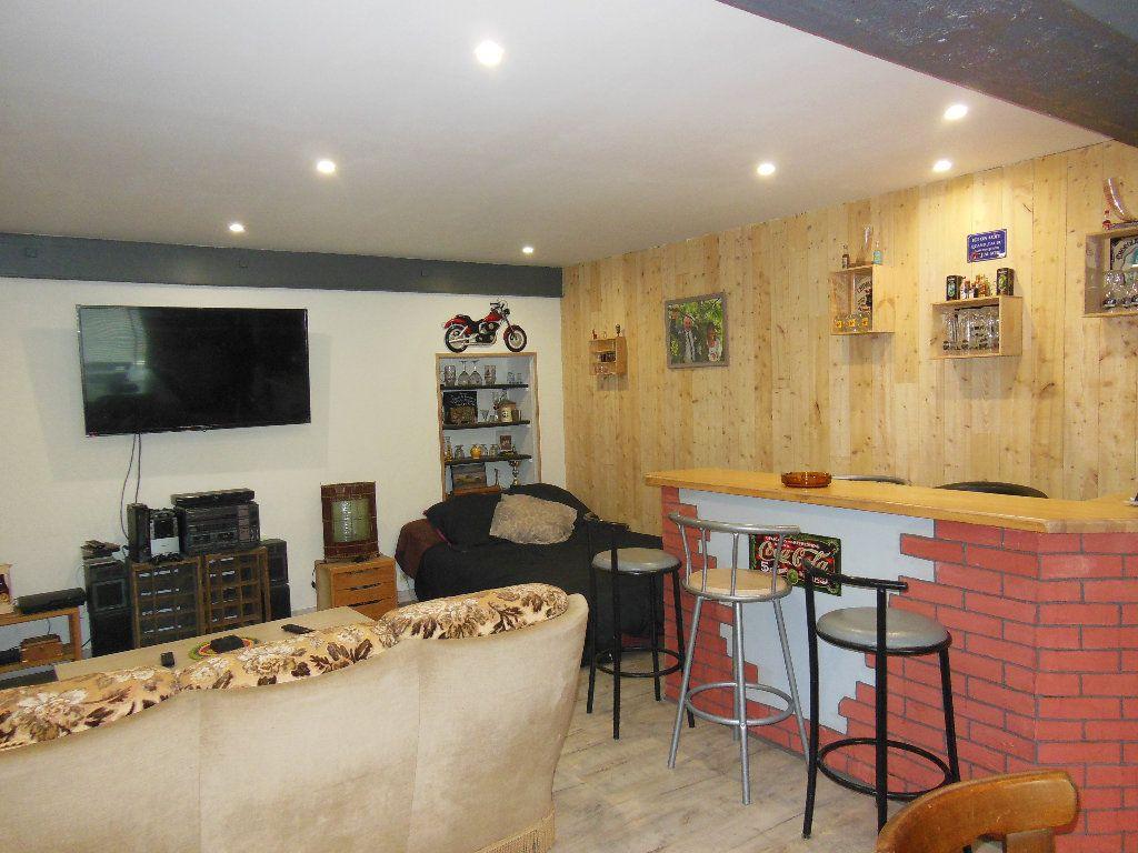 Maison à vendre 8 151m2 à Douarnenez vignette-14