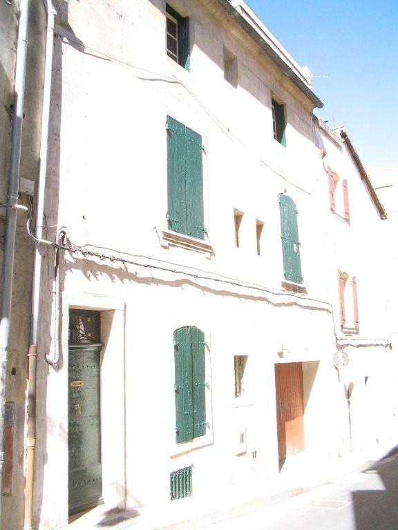 Appartement à louer 3 66m2 à Arles vignette-2