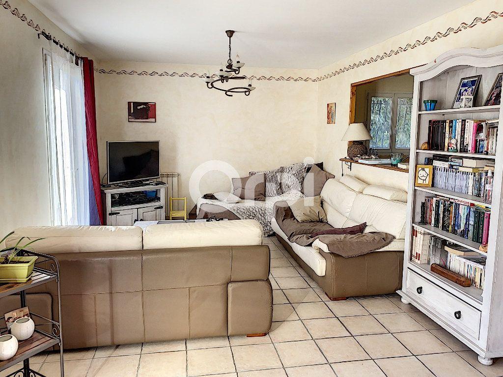Maison à vendre 5 135m2 à Arles vignette-2