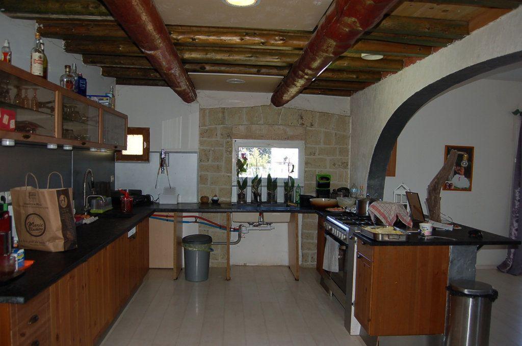 Maison à vendre 10 435m2 à Beaucaire vignette-3