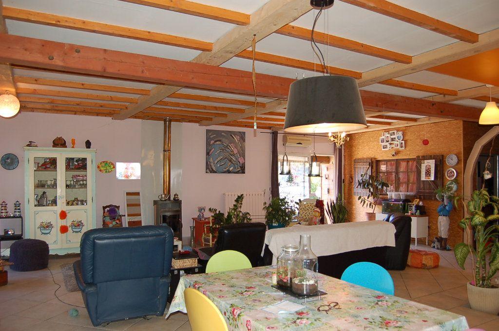 Maison à vendre 10 435m2 à Beaucaire vignette-5