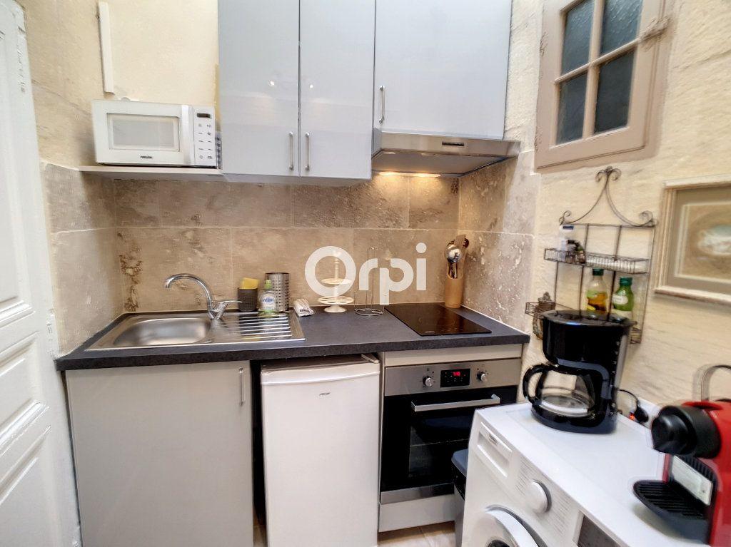 Appartement à louer 2 25m2 à Arles vignette-5