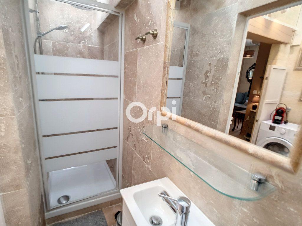 Appartement à louer 2 25m2 à Arles vignette-6