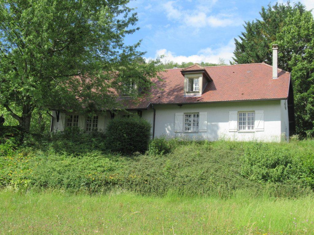 Maison à vendre 10 221m2 à Arbois vignette-1