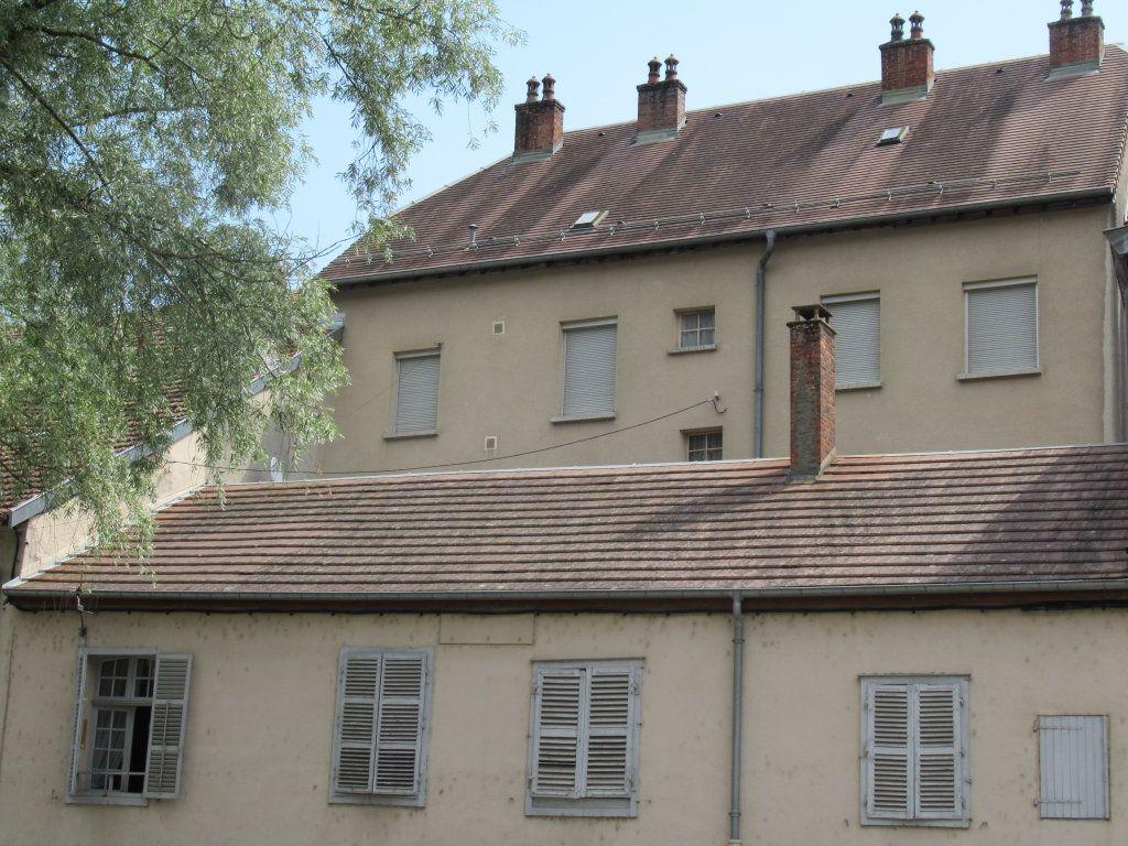 Immeuble à vendre 0 600m2 à Salins-les-Bains vignette-5