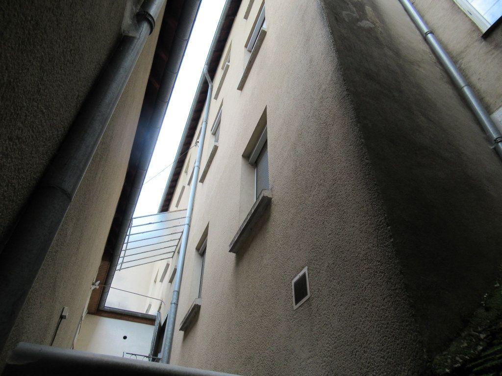 Immeuble à vendre 0 600m2 à Salins-les-Bains vignette-6