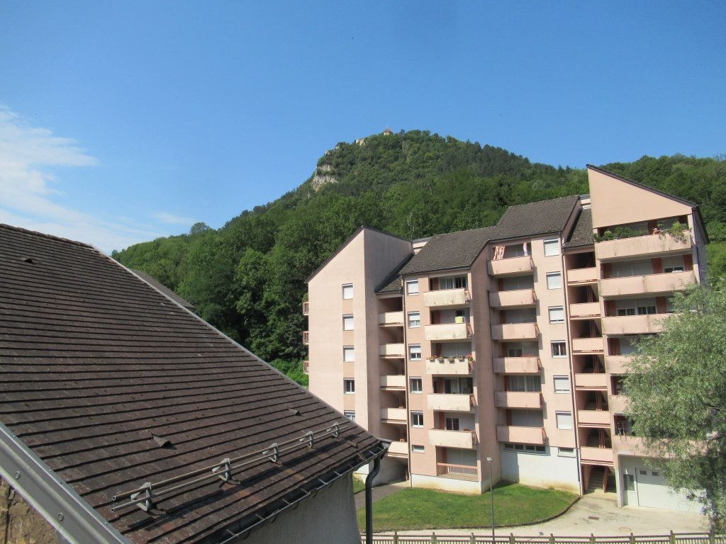 Immeuble à vendre 0 600m2 à Salins-les-Bains vignette-8