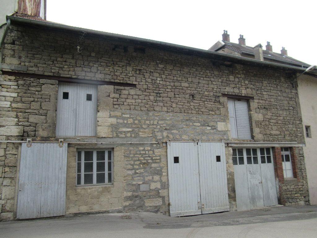 Immeuble à vendre 0 600m2 à Salins-les-Bains vignette-18