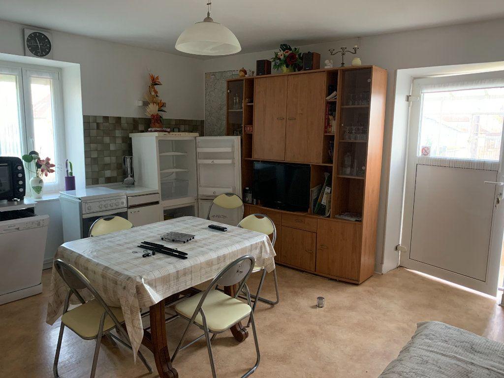 Maison à vendre 8 179m2 à Chissey-sur-Loue vignette-7
