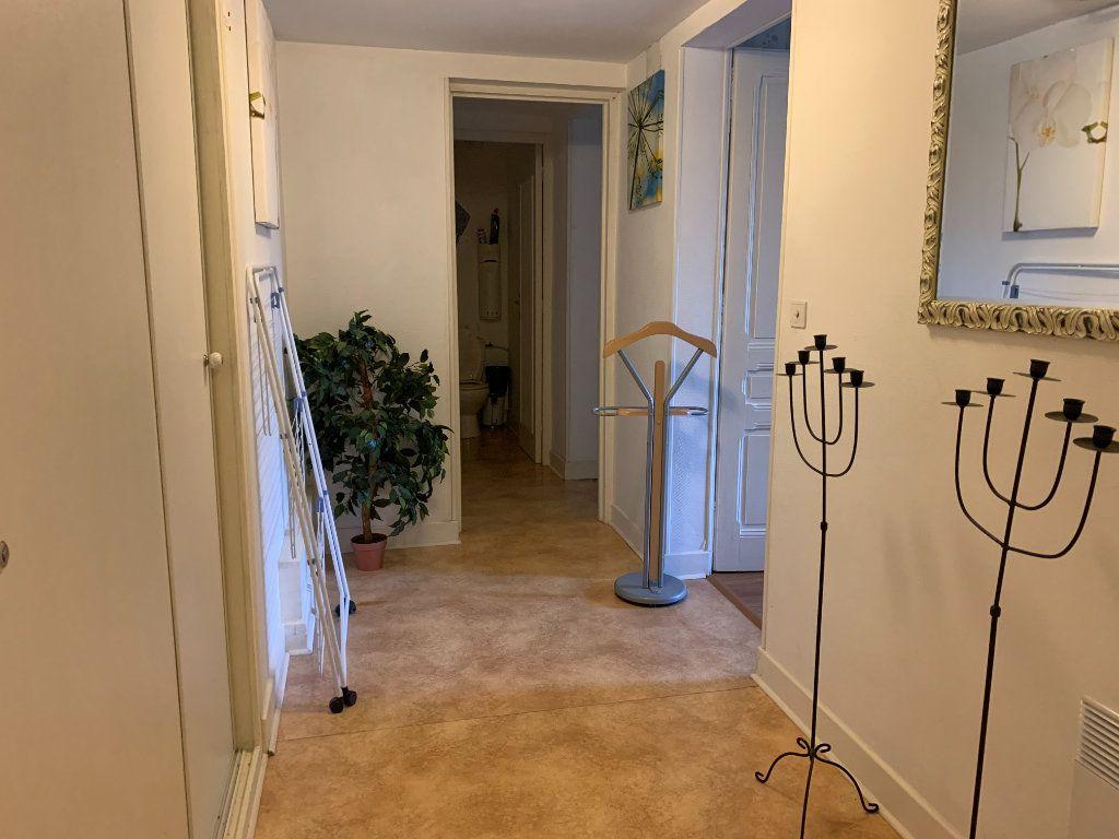 Maison à vendre 8 179m2 à Chissey-sur-Loue vignette-9