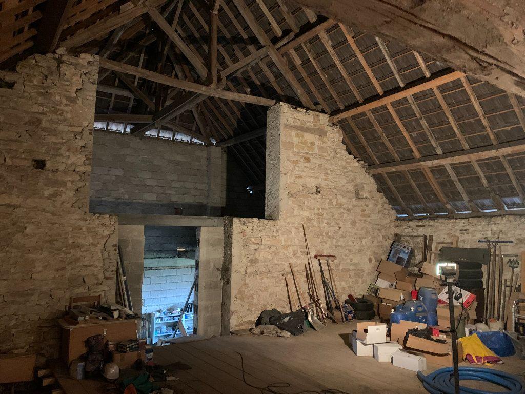 Maison à vendre 8 179m2 à Chissey-sur-Loue vignette-14
