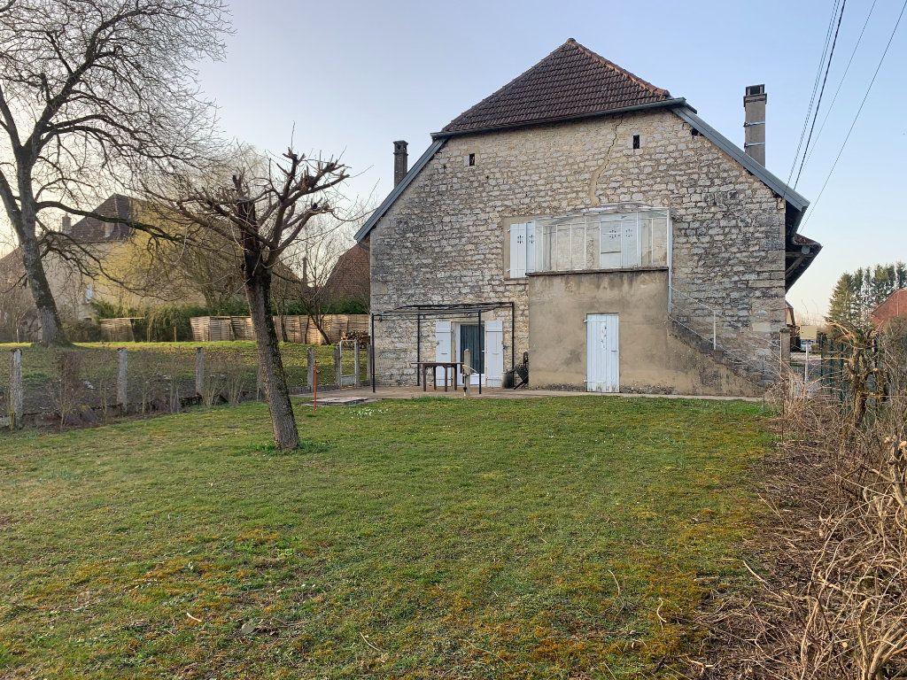 Maison à vendre 8 179m2 à Chissey-sur-Loue vignette-18