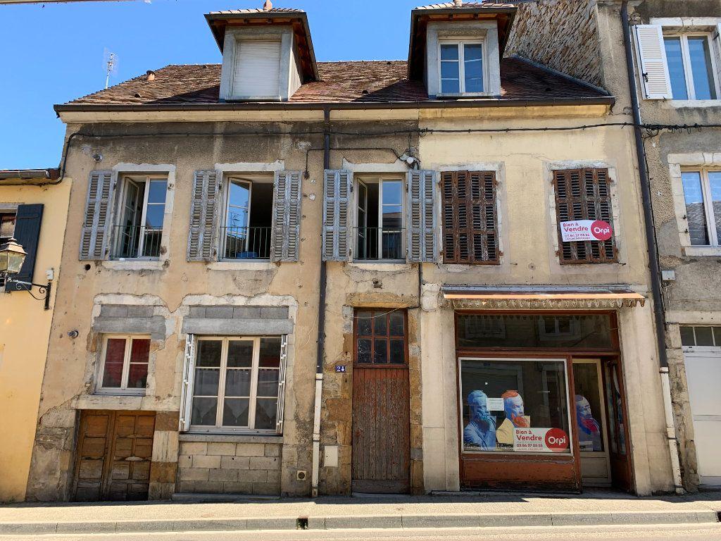Immeuble à vendre 0 200m2 à Arbois vignette-1