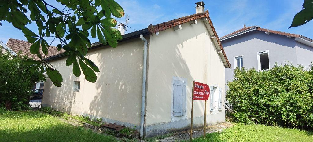 Maison à vendre 3 115m2 à Champagnole vignette-3