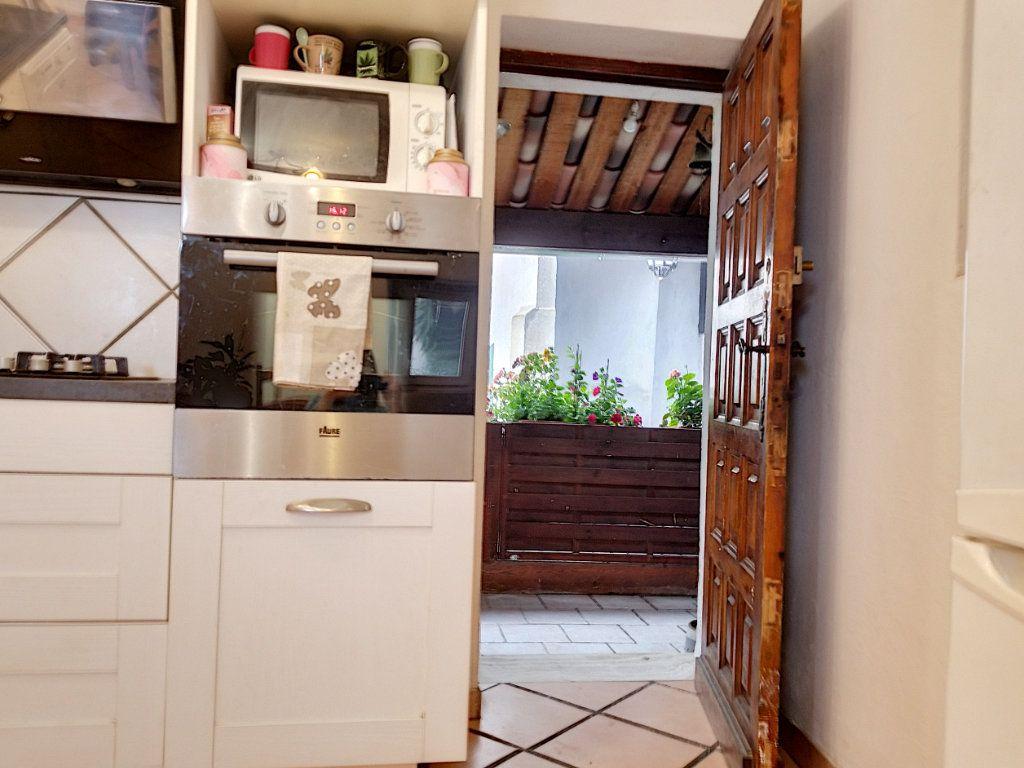 Maison à vendre 3 60m2 à Berre-les-Alpes vignette-3