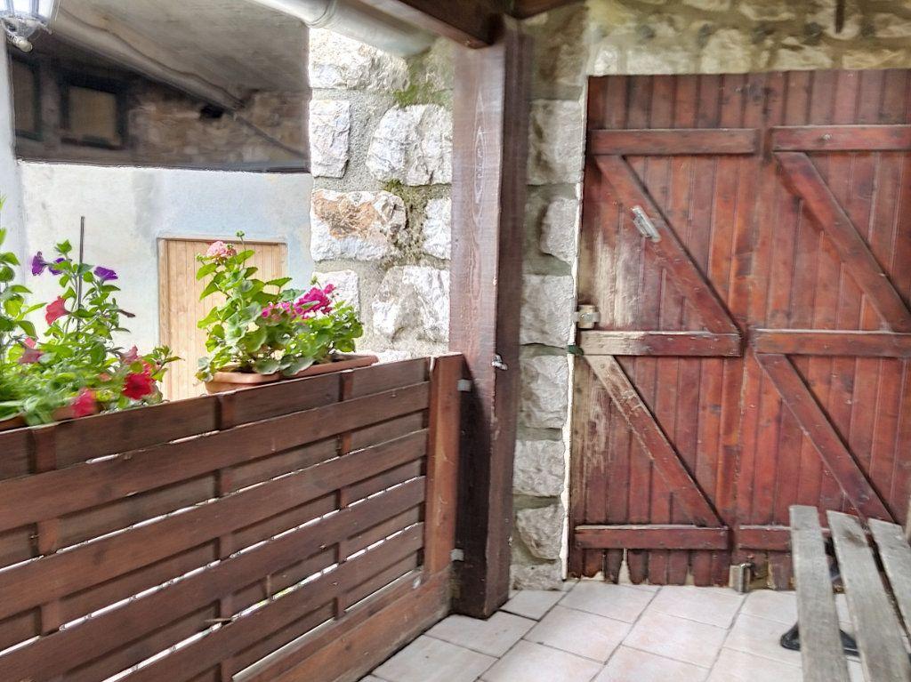 Maison à vendre 3 60m2 à Berre-les-Alpes vignette-9