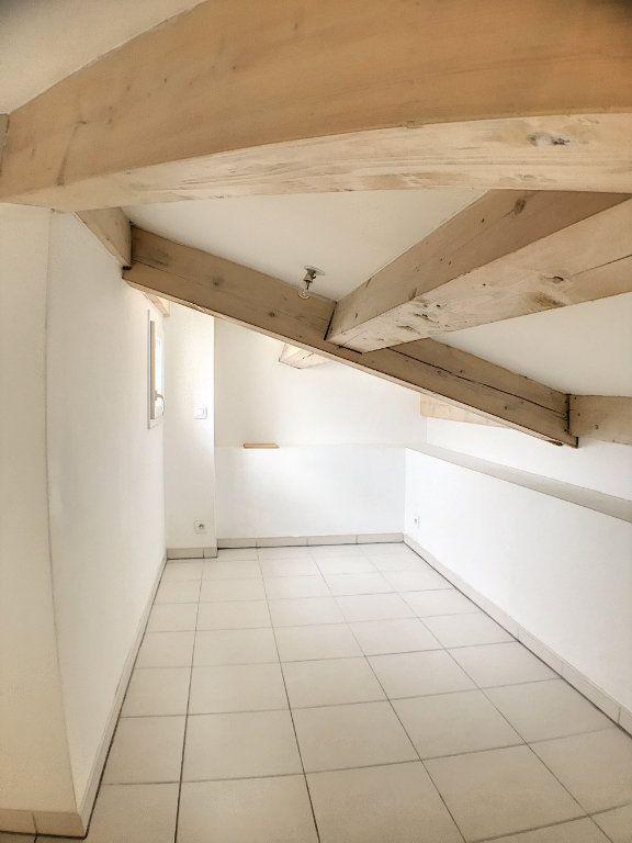 Appartement à louer 1 29.7m2 à Nice vignette-4