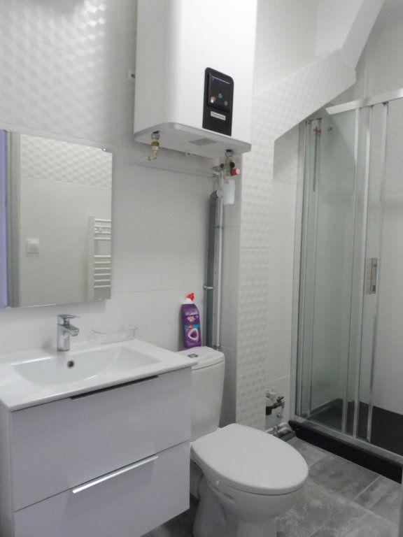 Appartement à vendre 2 30m2 à Grenoble vignette-6