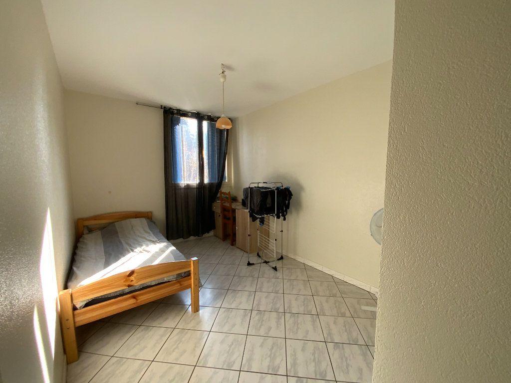 Appartement à vendre 5 80.15m2 à Fontaine vignette-3