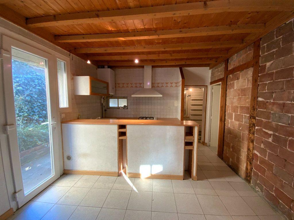 Appartement à vendre 3 67.85m2 à Grenoble vignette-3