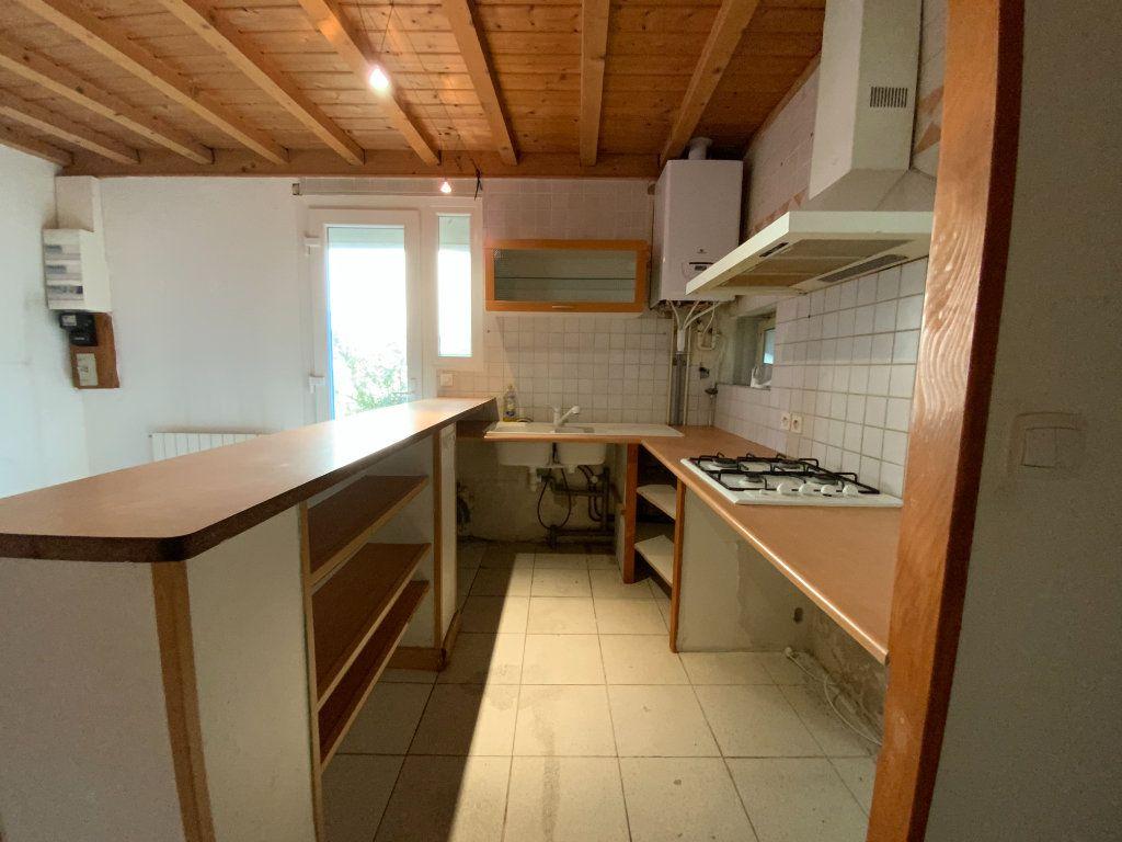 Appartement à vendre 3 67.85m2 à Grenoble vignette-4