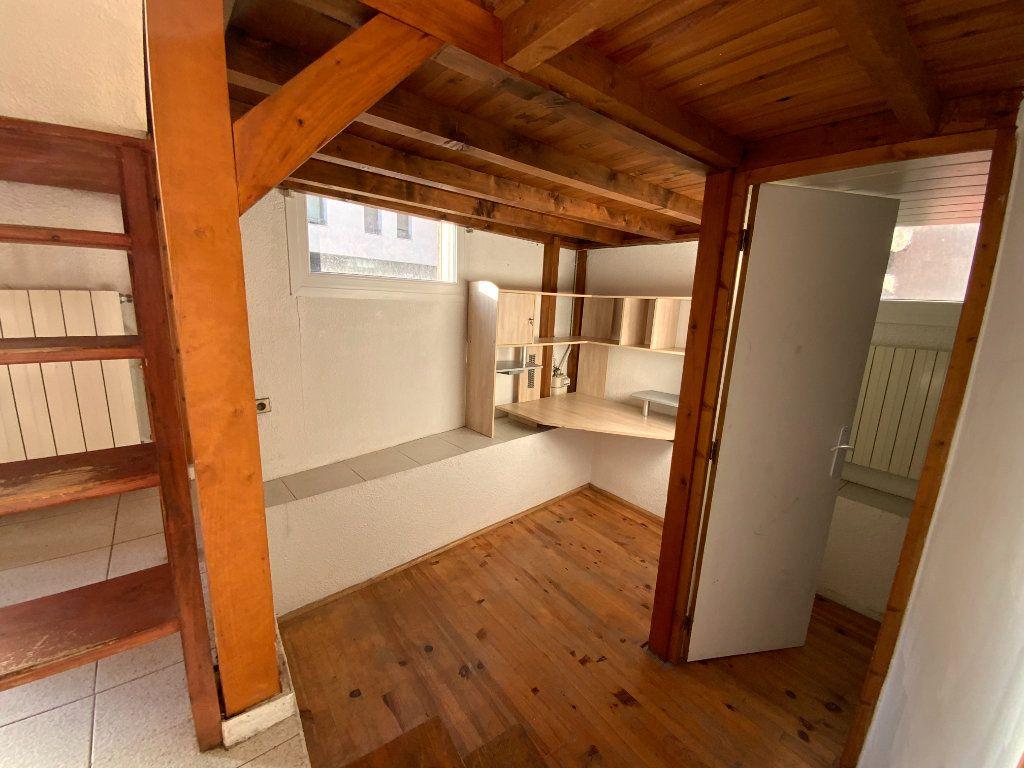 Appartement à vendre 3 67.85m2 à Grenoble vignette-11