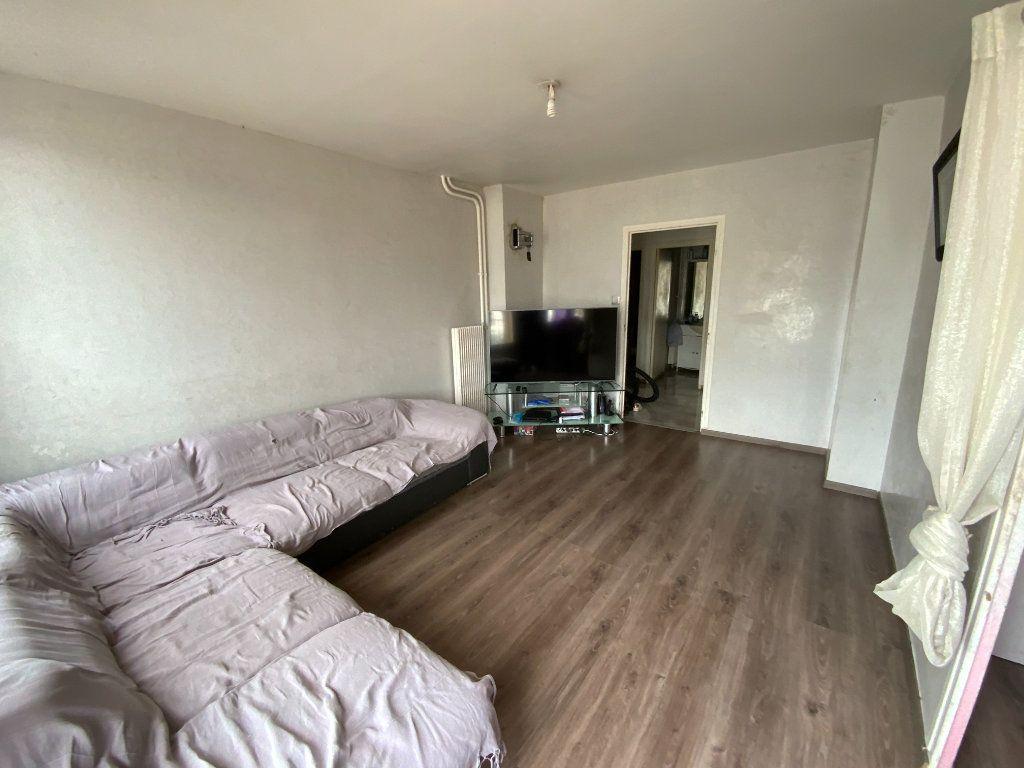 Appartement à vendre 4 70m2 à Grenoble vignette-2