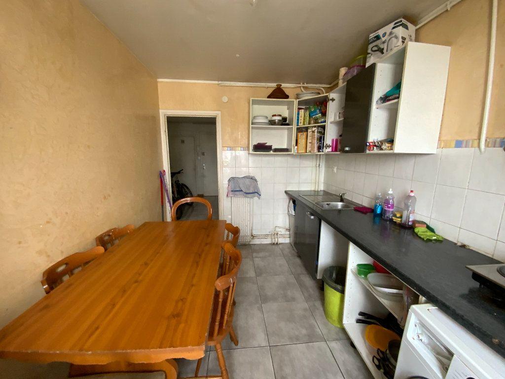 Appartement à vendre 4 70m2 à Grenoble vignette-3