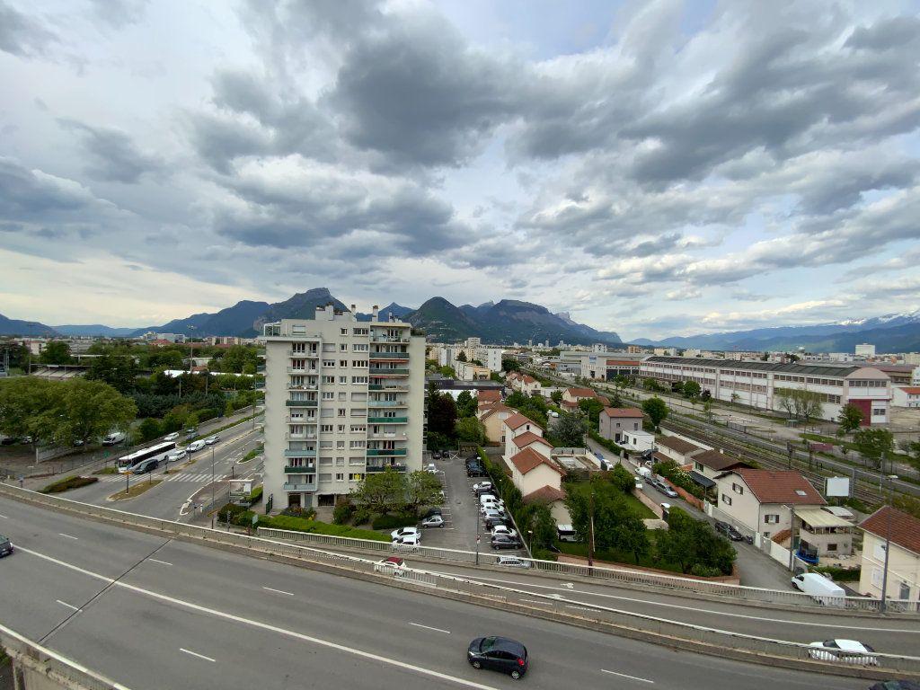 Appartement à vendre 4 70m2 à Grenoble vignette-4