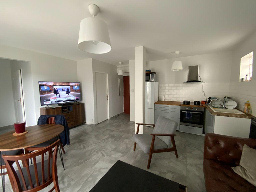 Appartement à vendre 2 44m2 à Grenoble vignette-1