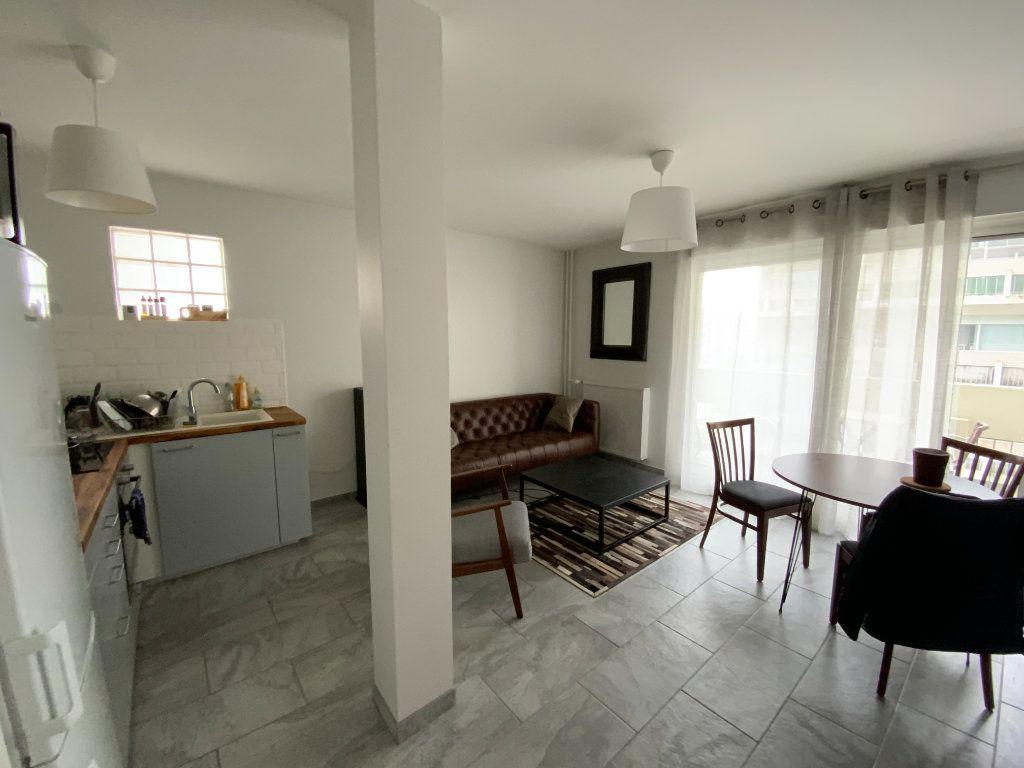 Appartement à vendre 2 44m2 à Grenoble vignette-6