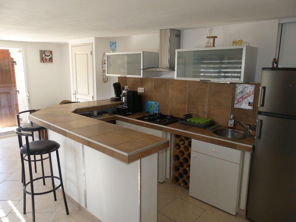 Maison à vendre 8 230m2 à Sérignan vignette-2